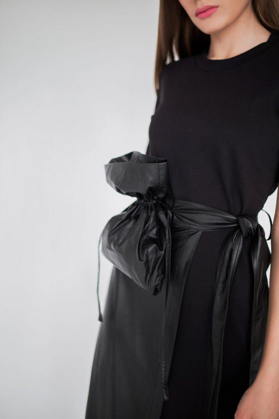 GOEN.J Трикотажное платье